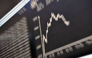 How to protect your investments while exploiting market volatility