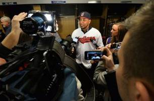 Cleveland Indians: Edwin Encarnacion, Travis Hafner and Big Contracts