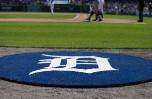 Detroit Tigers Sign Brett Pill to Minor League Contract