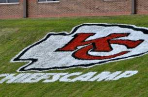 KC Chiefs Fans Have Complicated Relationship With Fantasy Football