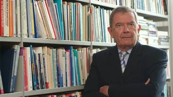 political expert professor anthony king dies aged 82