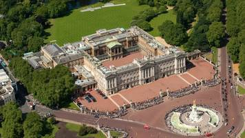 buckingham palace trespasser detained under mental health act