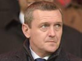 Aidy Boothroyd faces England Under 21 interview as FA draw up five-man shortlist including Stuart Pearce and Paul Ince to replace Gareth Southgate