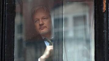 Julian Assange Will Agree To US Extradition — On One Condition