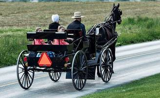 the surprisingly modern tech inside an amish horse-drawn buggy