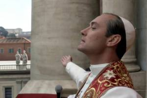 jude law reveals if he's seen all those 'young pope' memes