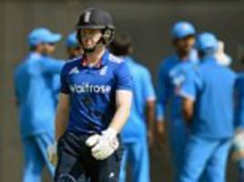 andrew strauss needs eoin morgan to find his form as alastair cook ponders england captaincy