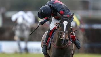one for arthur wins classic chase at warwick for lucinda russell