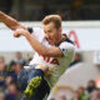 Kane sends Spurs second, Arsenal up to third