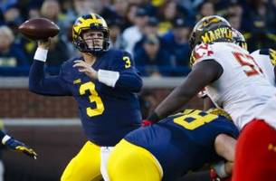 Michigan Football: Wolverines Rank High In Early 2017 Polls