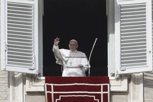 Pope Francis: Every possible measure be taken to protect young refugees who face 'many dangers'