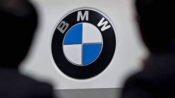 Trump comments hit shares in German carmakers