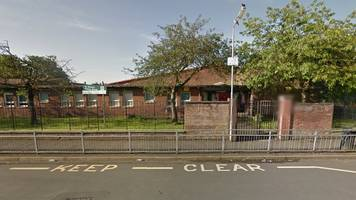 Police investigate shooting near Glasgow primary school