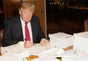 poll: 74% of americans feel donald trump should release his tax returns