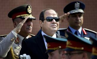 Egypt court strikes down islands deal in blow to president
