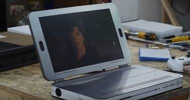 Microsoft Xbox One S Laptop Created Using a Gaming Console - Video