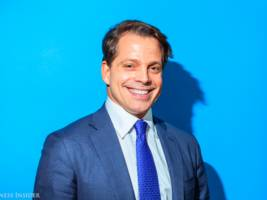 a key fundraiser for barack obama and a chinese conglomerate are buying anthony scaramucci's investment firm