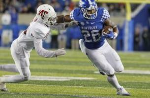 kentucky football: snell named freshman all-american