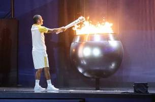 japanese engineers hope to light 2020 tokyo olympic cauldron with flying car