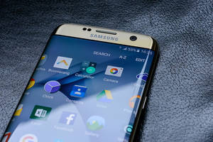 Will Samsung Bounce Back This April?