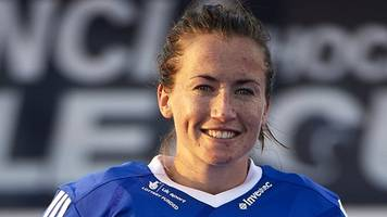 gb hockey: maddie hinch and lily owsley retained as 15 join women's squad