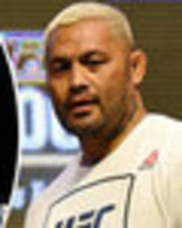 UFC heavyweight Mark Hunt claims promotion 'forced' him to agree to Overeem UFC 209 fight