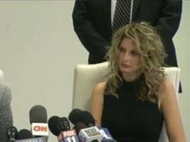 watch video: gloria allred press conference with donald trump accuser