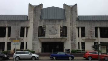 Police officer in court over 'witness statement lie'