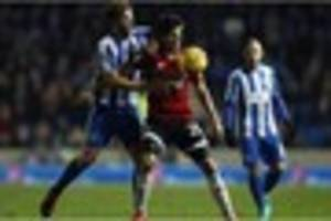 reading keeper joins brighton; winger to stay at fulham