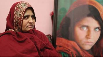 afghan 'green-eyed girl' sharbat gula in quest for a new life