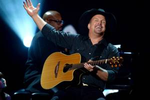 Garth Brooks Explains Why He's Not Performing at Trump Inauguration