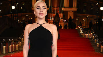 Report: Lady Gaga wants to do Super Bowl halftime show on NRG Stadium roof