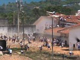 Brazilian police fire rubber bullets at cons in jail riot
