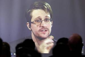 snowden's lawyer appeals to trump after russia extends his asylum for three years