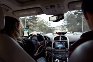 lyft drivers are happier than uber drivers (probably because they earn more)