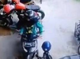 indonesian motorcyclist filmed performing a 41-point turn