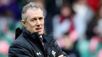 Six Nations 2017: Bonus points will encourage Wales attack - Rob Howley