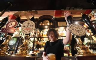 city pub company guzzles christmas sales as it prepares to float this year