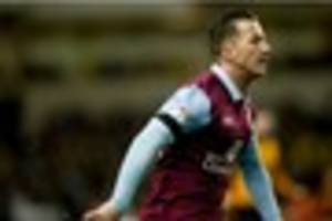 derby county second favourites to sign ross mccormack