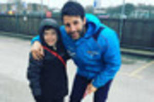 danny cowley stops before fa cup clash to cheer up boy, 10, who...