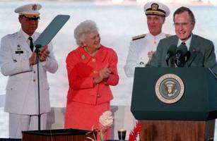 Former First Lady Barbara Bush  Hospitalized Soon After Her Husband