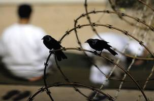 Obama to leave office with more than 40 detainees still in Guantánamo Bay