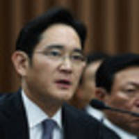 South Korean court says no reason to arrest Samsung heir in corruption scandal