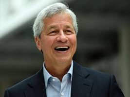 JPMorgan hikes Jamie Dimon's pay 3.7% to $28 million (JPM)