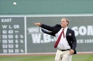 Curt Schilling Argues with Fake Sidney Ponson Twitter Account