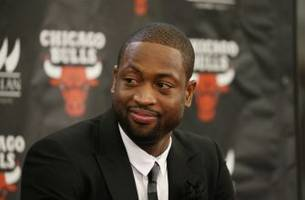 dwyane wade speculates about trade deadline options and future with chicago bulls
