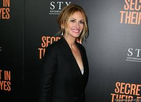 julia roberts joins 'smurfs: the lost village'. get the first look!