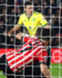shane long nets injury time winner as southampton see off norwich in fa cup replay