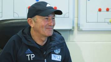 west brom's tony pulis discusses management with adrian chiles