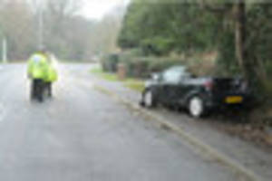 Driver seriously hurt after car crashes into tree in Beverley...